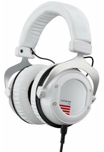 Наушники Beyerdynamic Custom One Pro Plus, белый фото